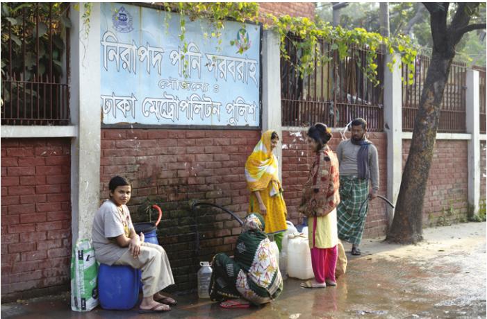 Bengladesh- Pompe commune de distribution d'eau
